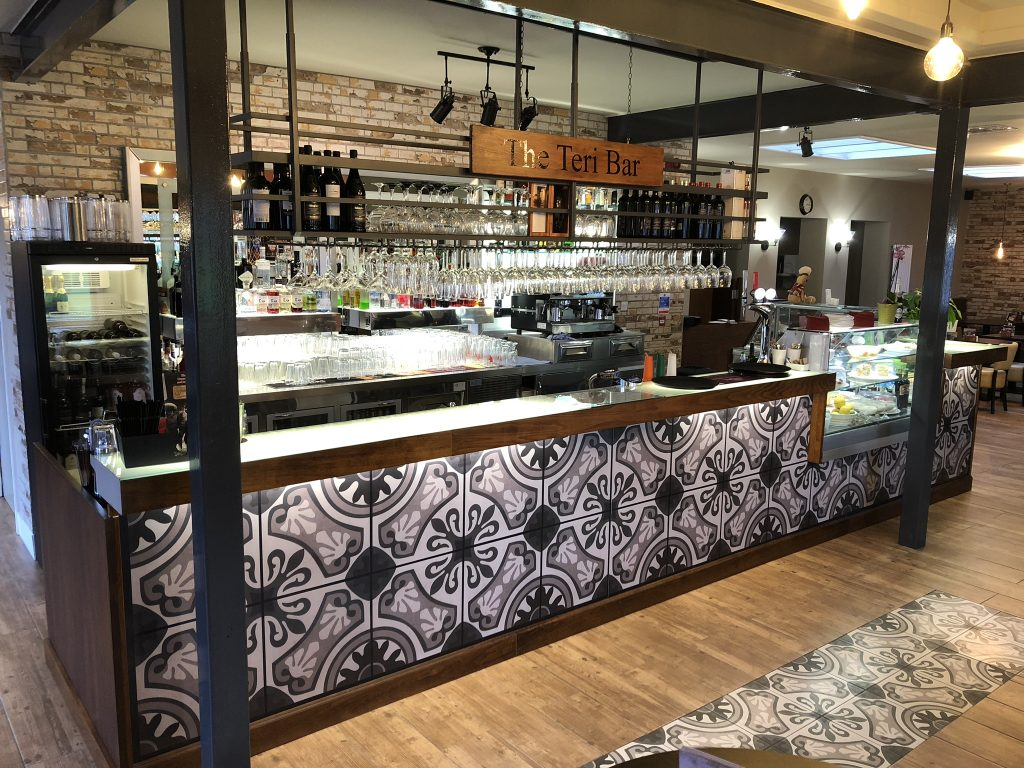 Santa Marina Drinks bar