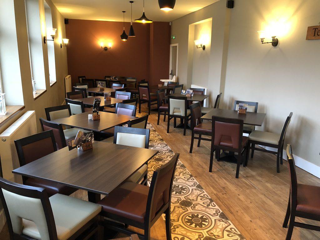 Santa Marina table and chairs