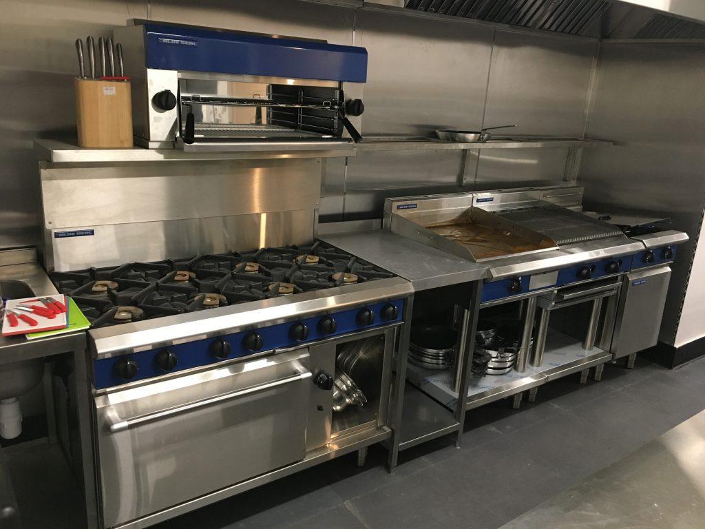Santa Marina Cooker in kitchen